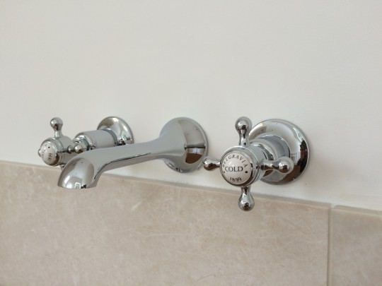 Bathroom installers in  Cambridge